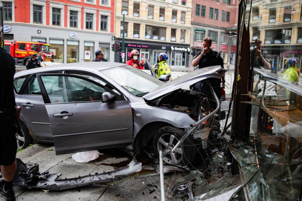samochód w kawiarni w Oslo